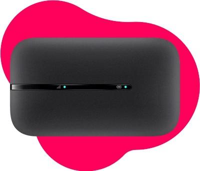 Schwarzer mobiler Hotspot, der Internet für unterwegs nutzbar macht
